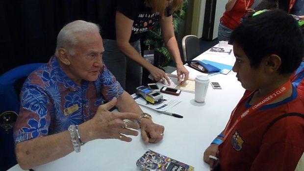 Buzz Aldrin - P1030602