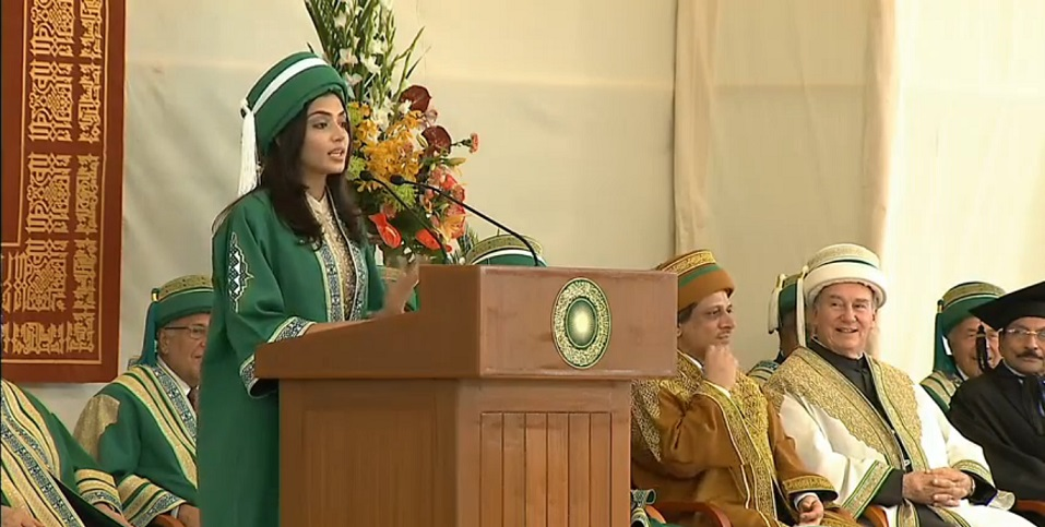Like all her great looking Aga Khan University Class of 2013 colleagues Maryam Baqir, delivering Valedictorian at the 2013 Convocation, with the Chancellor and Members of the Board of Trustees looking on.
