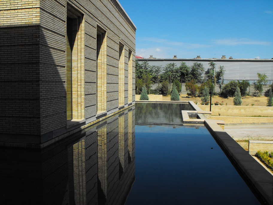 A side view of reflecting pool at the Ismaili Centre, Dushanbe. FNDA Architecture Inc. Copyright.