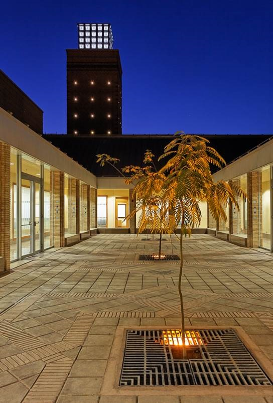 A night view of the education courtyard of the Ismaili Centre, Dushanbe. Photo:  FNDA Architecture Inc. Copyright.
