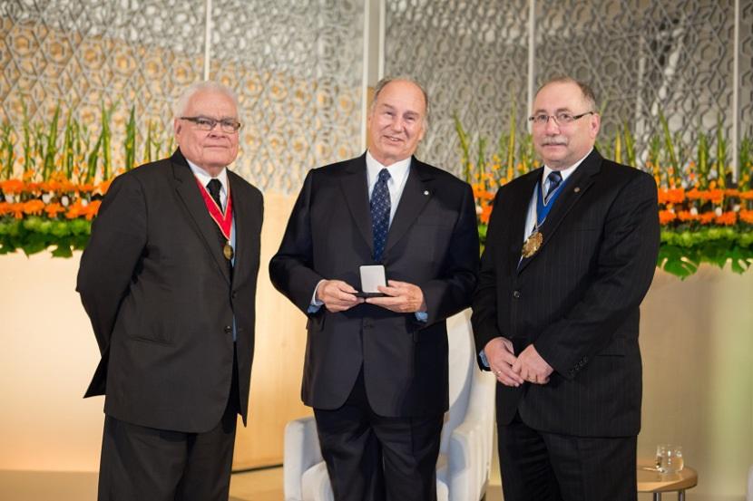 Aga Khan honoured with the RAIC Gold Medal 2013