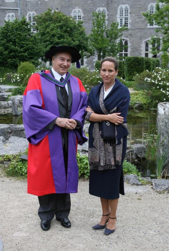 University honours Aga Khan