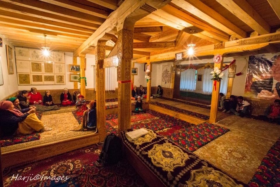 Muslim Harji Ismaili Prayer Houses_04_b6eb2c
