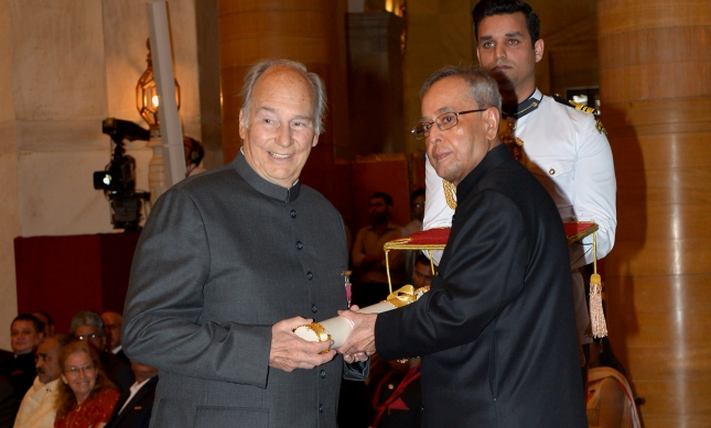 017-06 Aga Khan 2015 India Visit Award