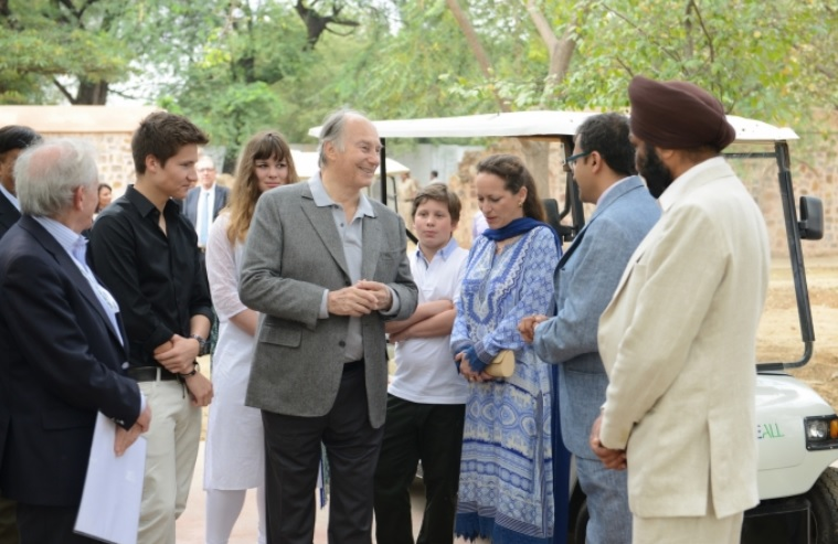 017-09 Aga Khan 2015 India Visit Family