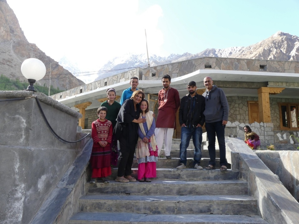 silk-roads_hunza_alikarim_1_13s