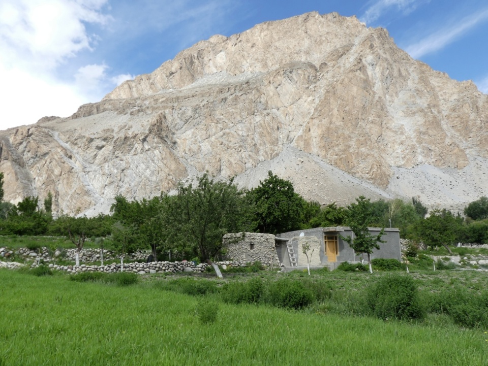 silk-roads_hunza_alikarim_1_29s