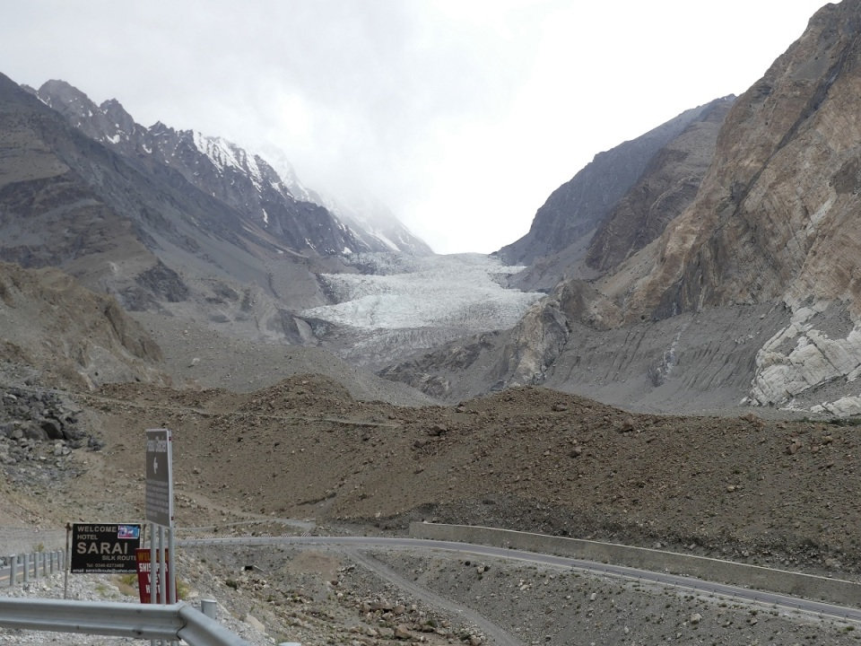 Khyber Village and Passu, Hunza, Ali Karim Simergphotos, Glacier