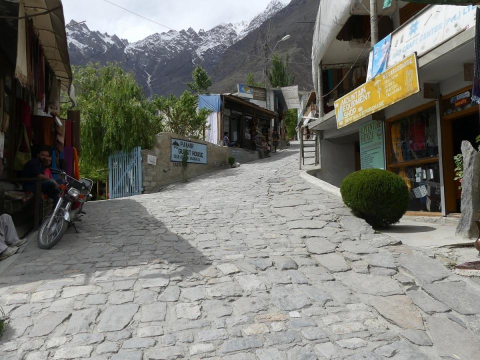 silk-roads_hunza_alikarim_2_45s