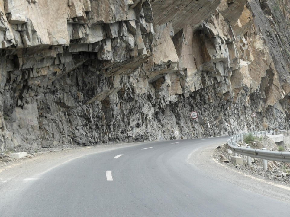 silk-roads_hunza_alikarim_2_55s