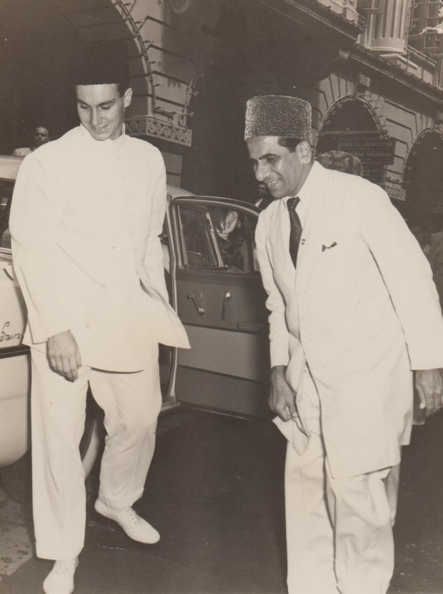 023 Mawlana Hazar Imam arriving at Karimabad Jamatkhana