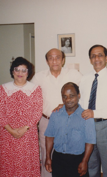 027 Alwaez and Alwaeza Merchant with Hussein Ali and Bashir