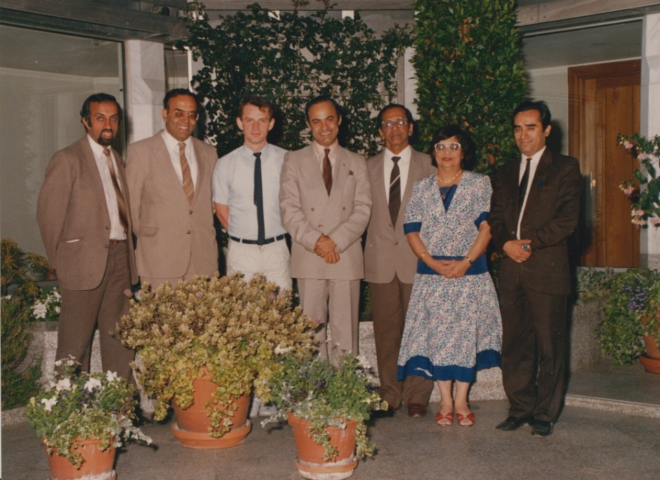 041 Alwaez and Alwaeza Merchant with UK ITREB Colleagues