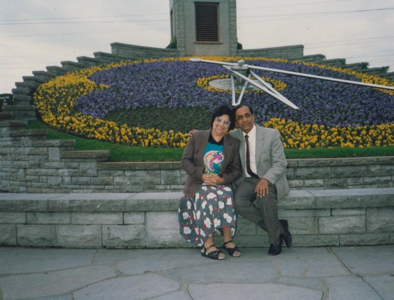 051 Alwaez and Alwaeza Merchant at Niagara Falls