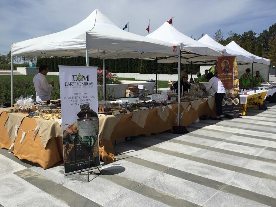 IMG_0712m_Doorrs Open Aga Khan Museum_Food Stands