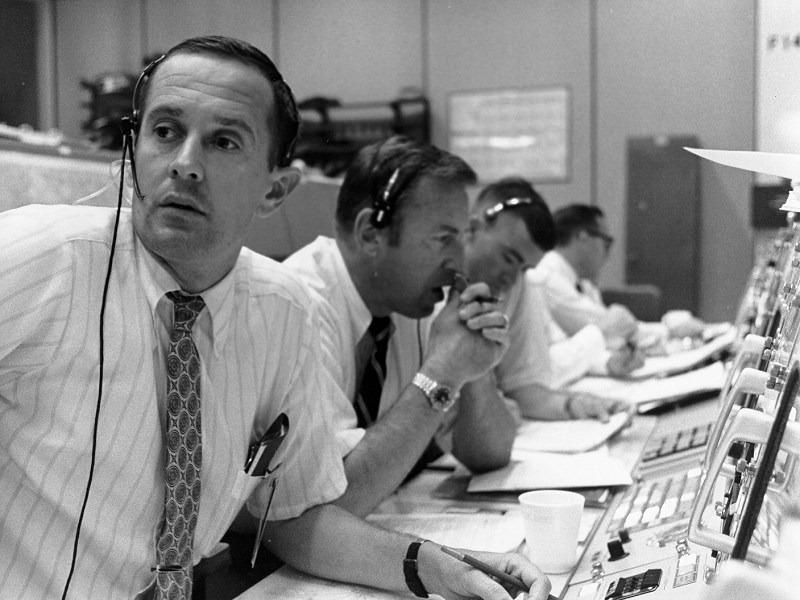 39601_Apollo 11 Control Centre during descent