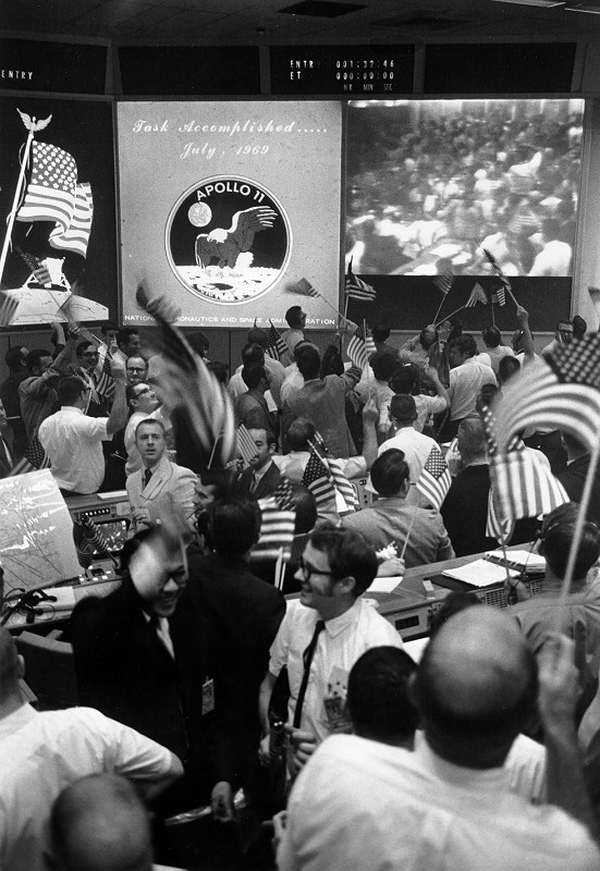 40023_Mission Control celebrates after Apollo 11 splashdown July 24 1969