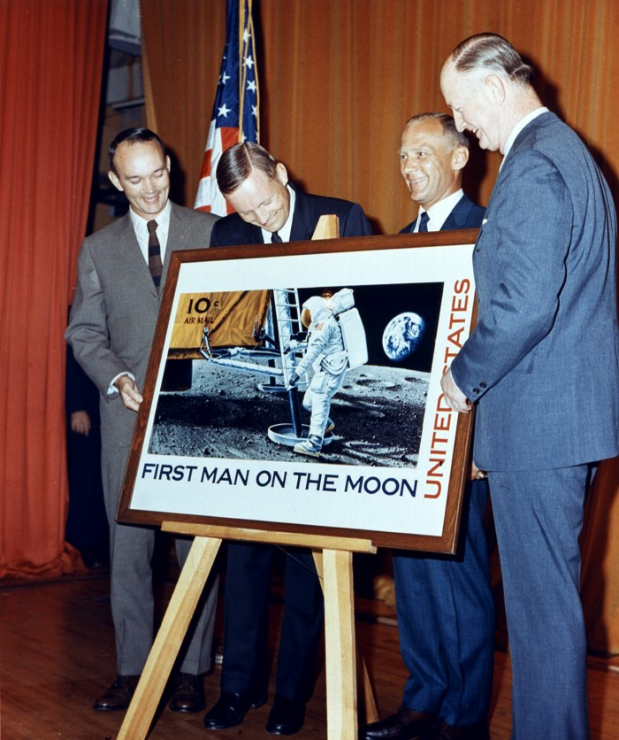 ap11-69-HC-1119_Apollo 11 astronauts at unveiling of commemorative stamp