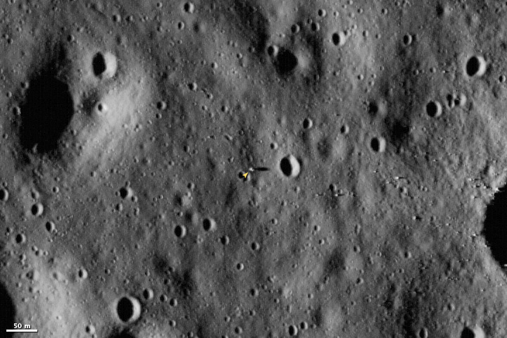 apollo11_lro_2009193_Landing Site