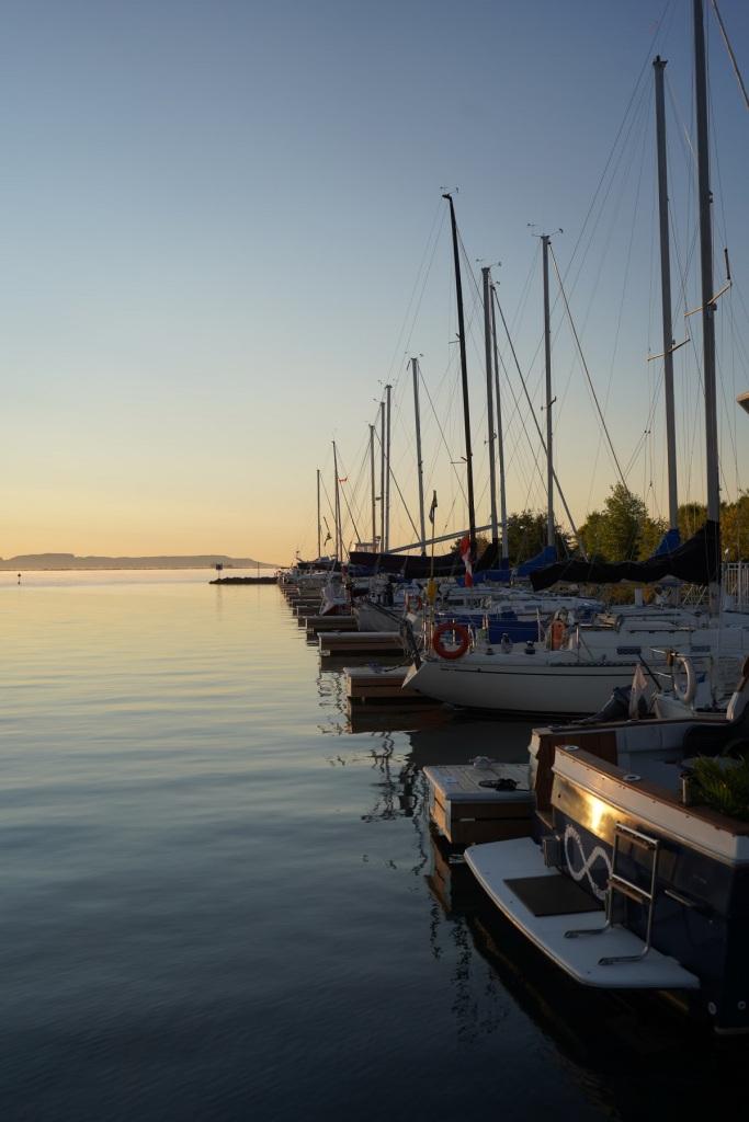 Boats at the Thunder Bay Marina. Nurin Merchant Simergphotos