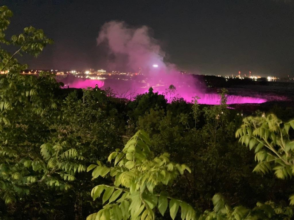 Night illumination, Niagara Falls Malik merchant simergphotos