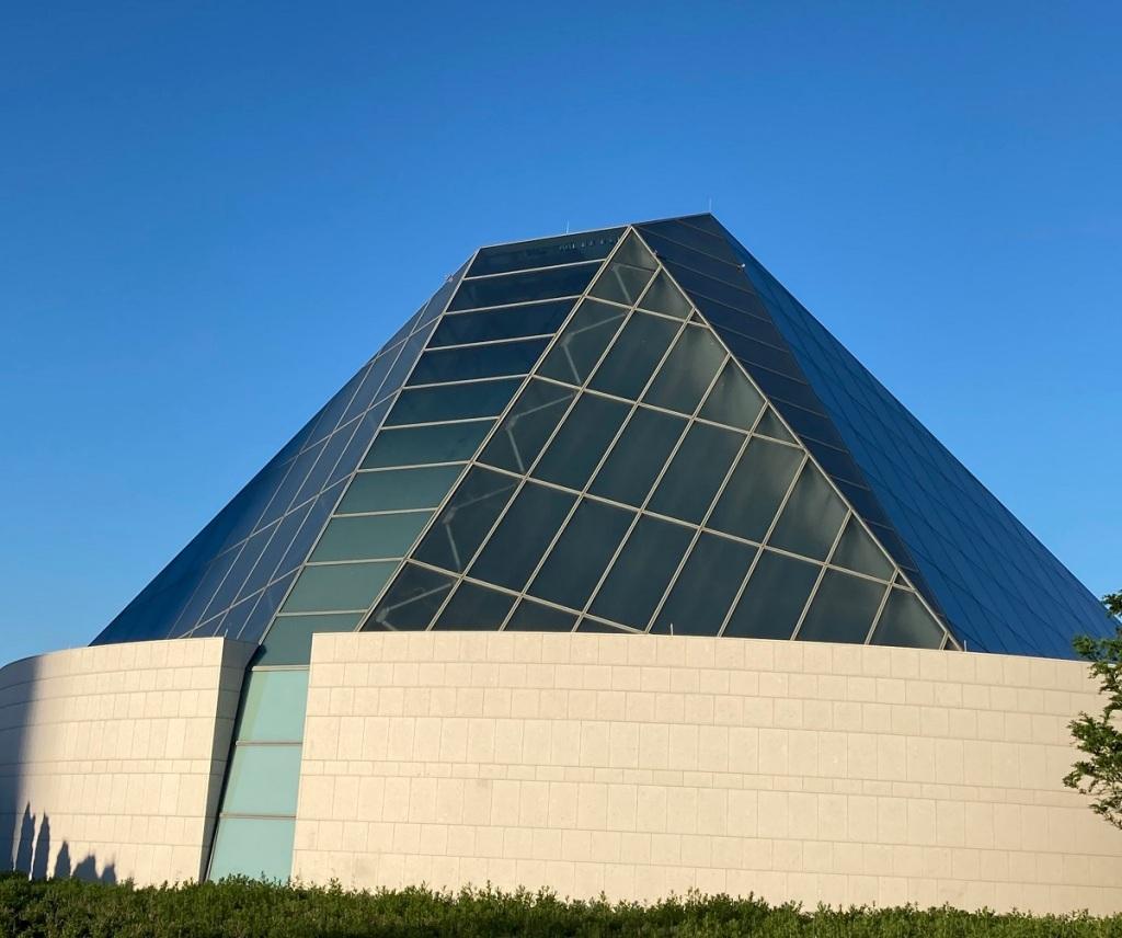 Ismaili Jamatkhana dome, Ismaili Centre, Malik Merchant simerg simergphotos