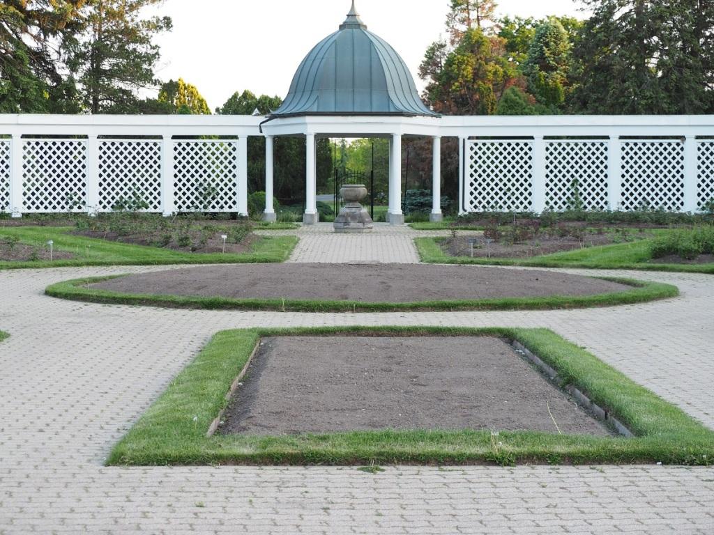 The Rose Garden, Niagara Falls Botanical Gardens.